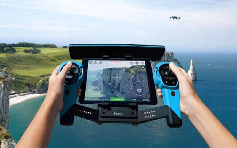 Drones smartphone feed